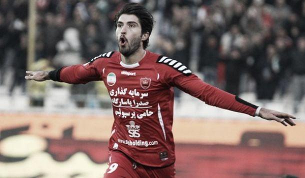 Vasiljevicnegocia con un delantero iraní