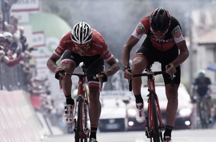 Giro d'Italia, Dillier batte Stuyven a Terme Luigiane. Jungels ancora in rosa