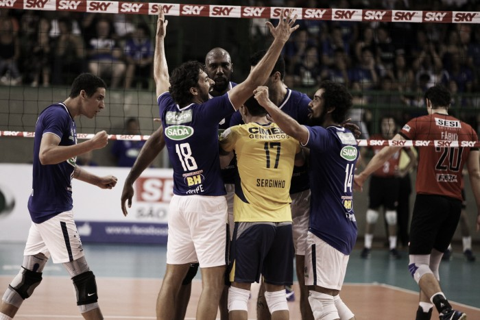 Cruzeiro vence Sesi por sets diretos e segue invicto na Superliga