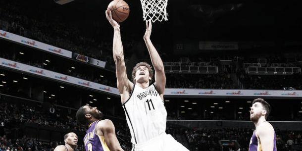 Los Nets vencen, viviendo de su primer cuarto y de Brook López