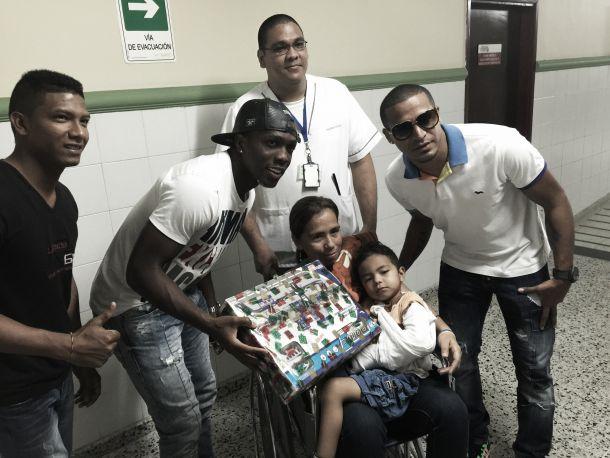 Junior llevó mensaje de alegría a todos los niños en su mes