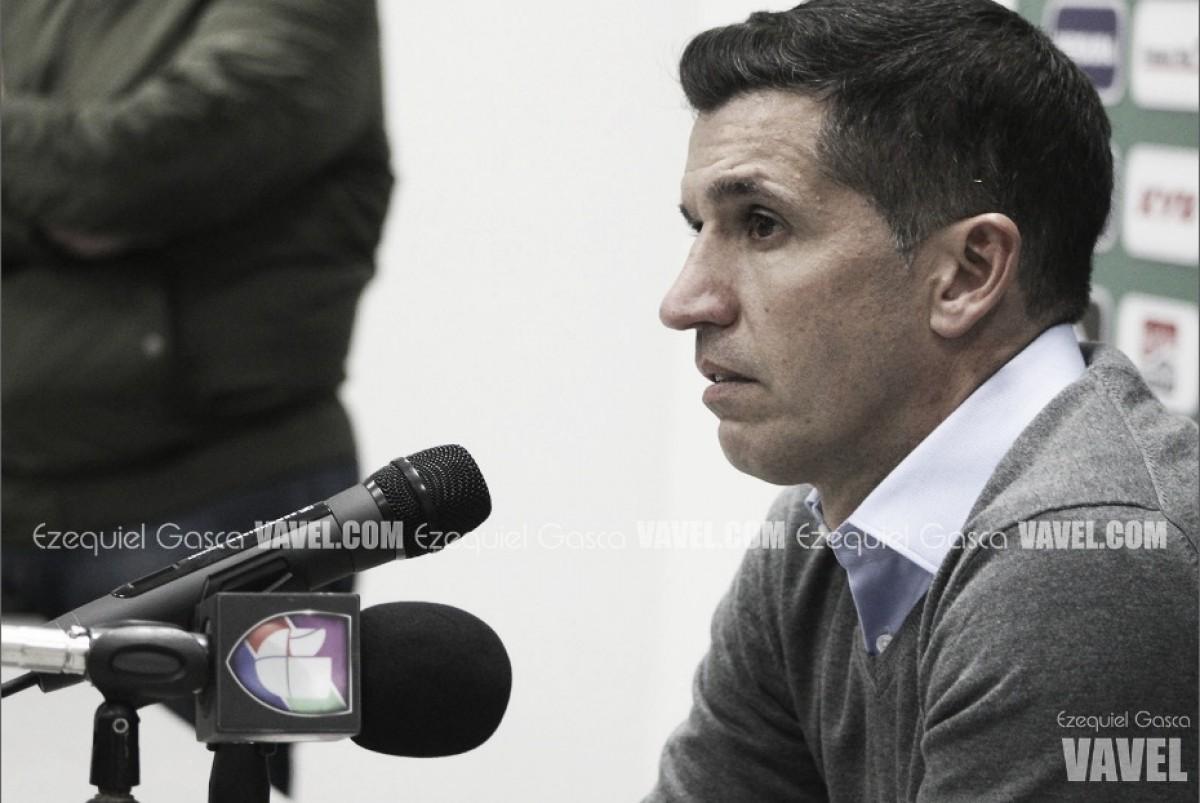 """Gustavo Díaz: """"Buscamos un complemento para Boselli"""""""