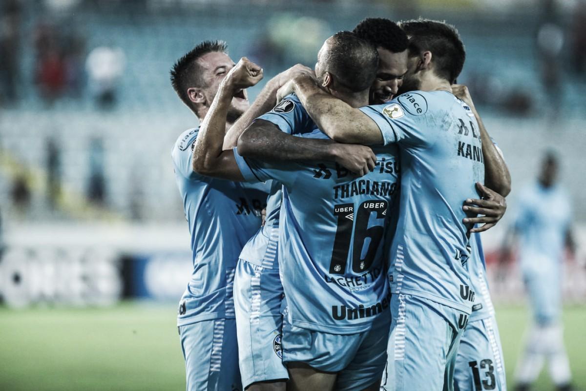 Grêmio vence Monagas em fim dramático e carimba vaga nas oitavas da Libertadores