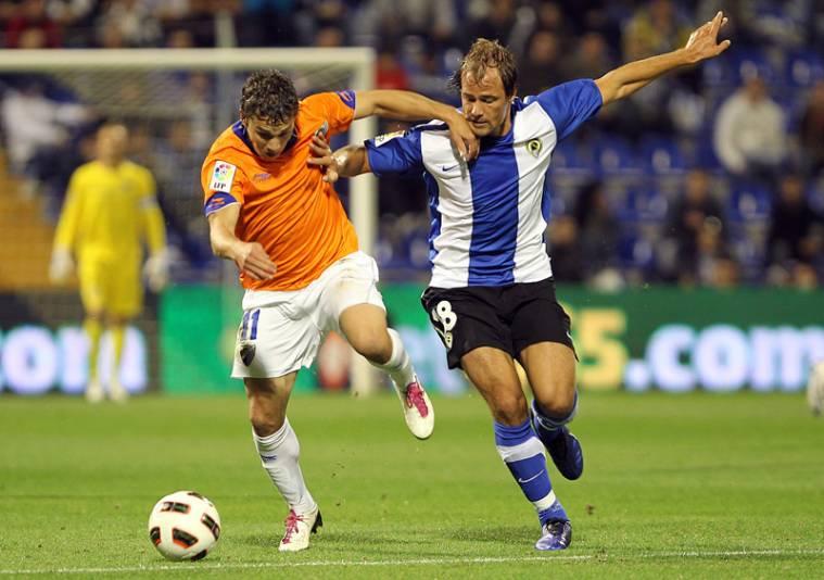 El Málaga pierde el partido en 15 minutos