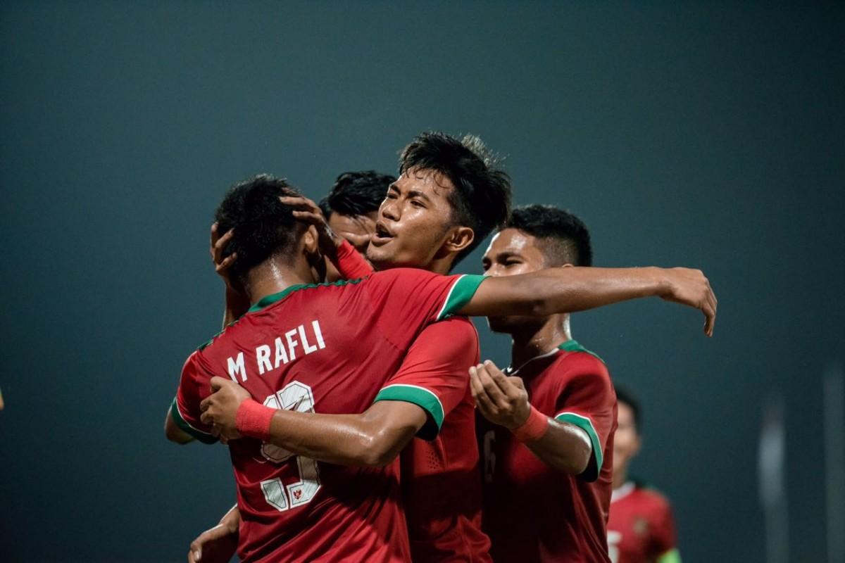 Libas Singapura, Indonesia ke Puncak Grup A Piala AFF
