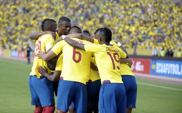 Venezuela y Ecuador empataron 1-1 en amistoso homenaje a Juan Arango