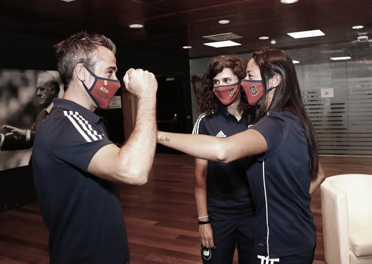 La Selección Española Femenina vuelve a disfrutar del fútbol