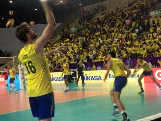 Voleibol masculino: Perú cae ante Brasil en su debut