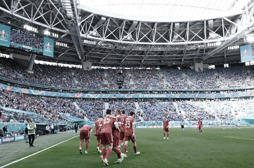 Rússia volta a vencer em Eurocopa após nove anos, recupera-se no grupo B e complica Finlândia