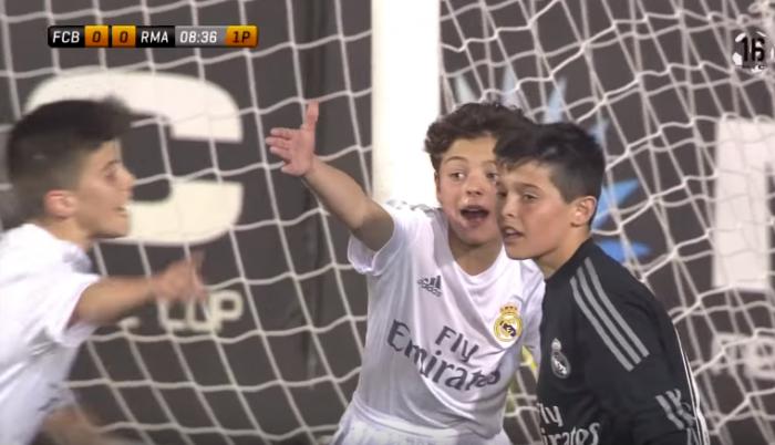 Barça foi campeão, mas o goleiro do Real Madrid sub-12 provavelmente é melhor que o do seu time