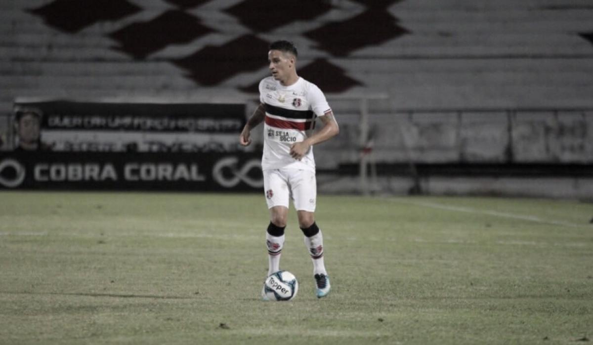 """Luiz Otávio ganha nova oportunidade e marca primeiro gol: """"Nada melhor do que se redimir"""""""