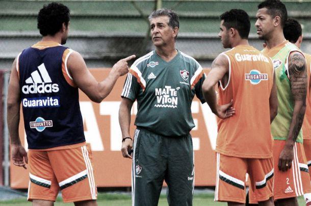 Com Gerson como único meia, Drubscky monta Fluminense para estreia no Brasileirão
