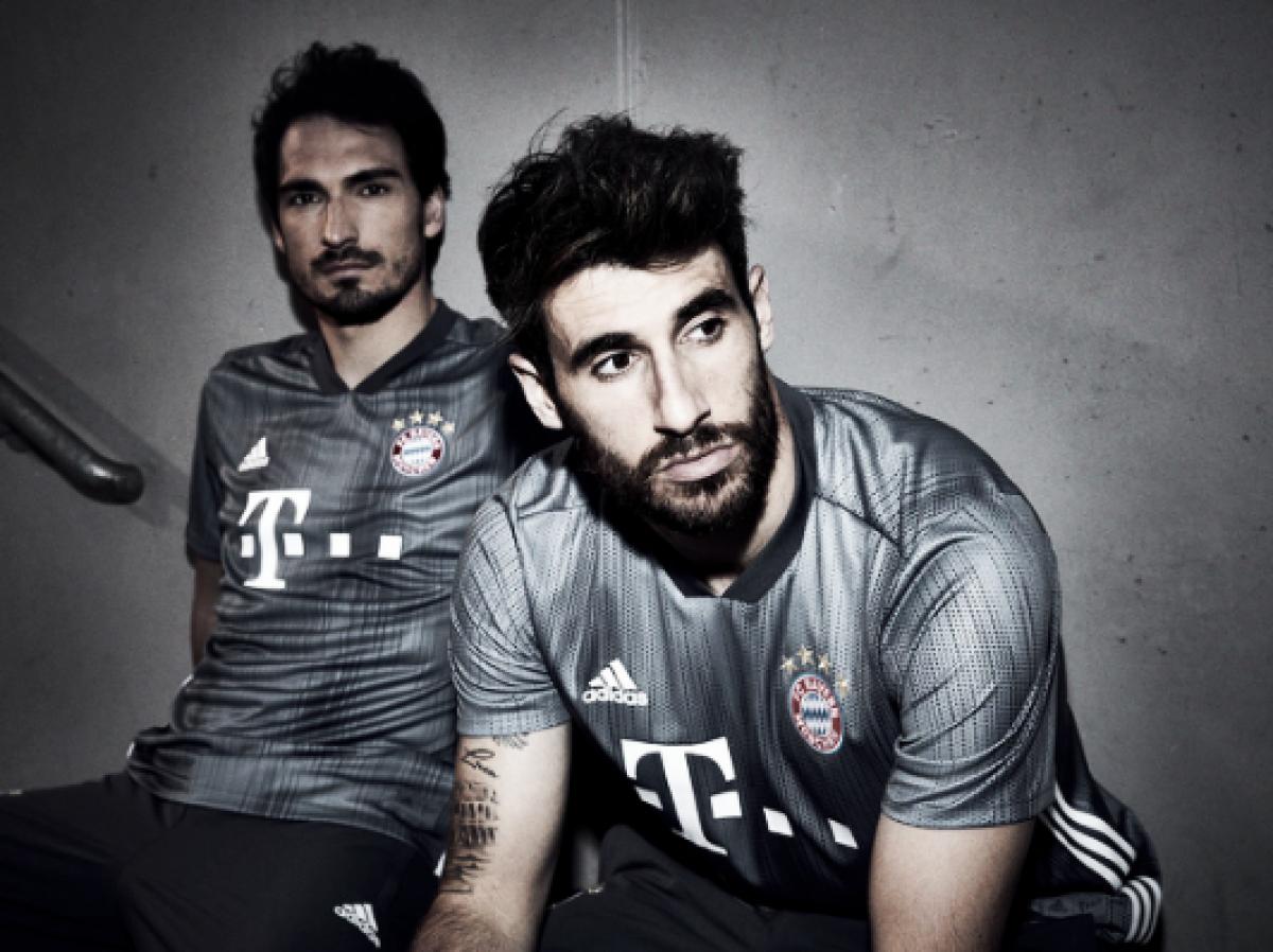 Bayern de Munique lança terceiro uniforme feito de plástico reciclado
