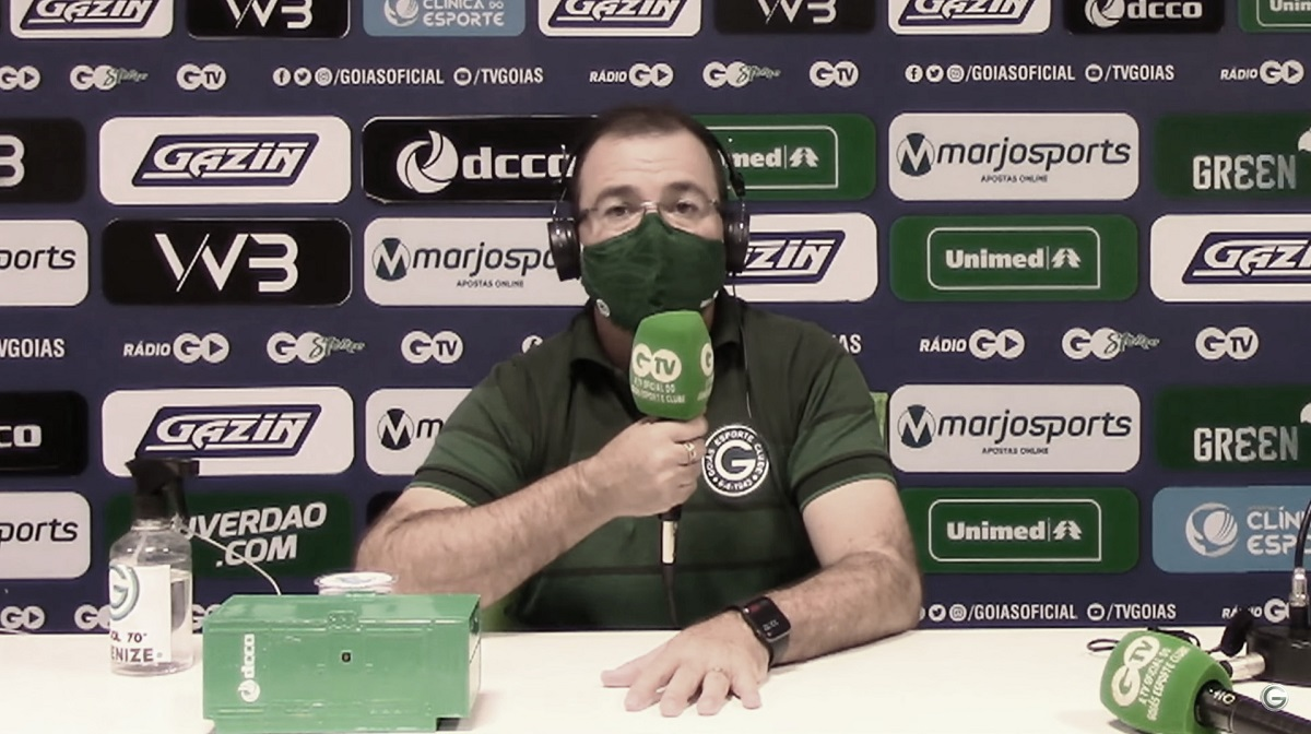 Técnico Enderson Moreire (Foto: Reprodução/Goiás)