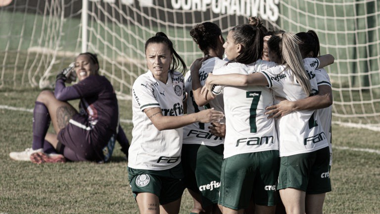 Palmeiras embala terceiro triunfo, derrota Avaí/Kindermann e alcança vice-liderança