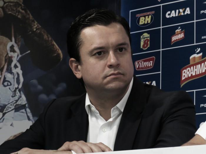 Superintendente do Cruzeiro elogia trabalho de Delamore e adota cautela com novo técnico
