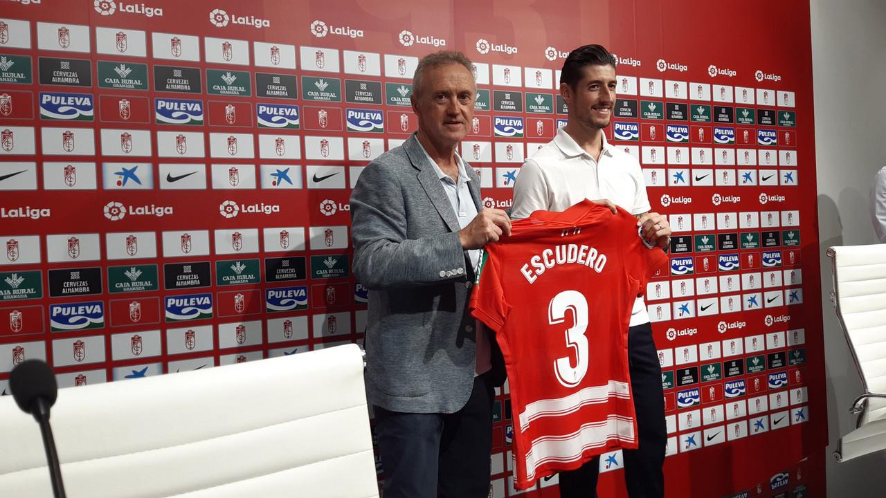 """Escudero: """"Puedo aportar ese poso de experiencia y de tranquilidad al Granada CF"""""""