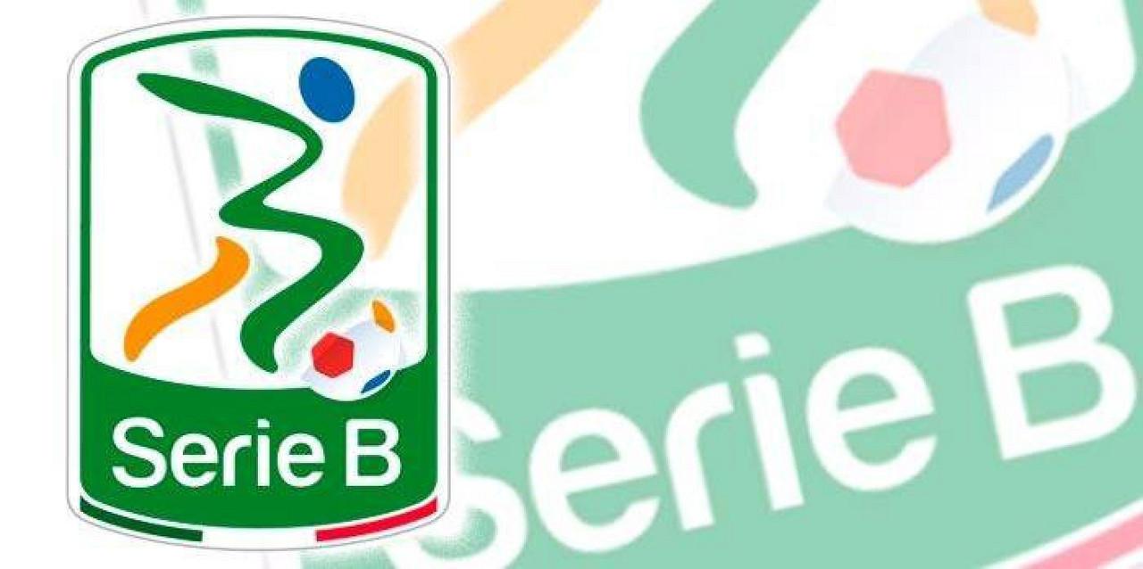 Serie B - Volano Verona e Pescara, cade il Palermo