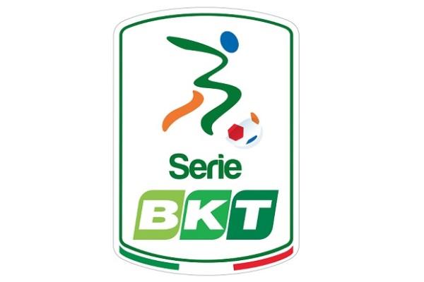Serie B - Pescara quinto, Salernitana ai play-out: 2-0 all'Adriatico