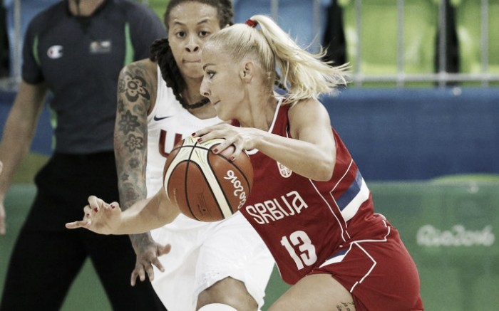 Sérvia faz jogo duro, mas Estados Unidos vence no basquete feminino