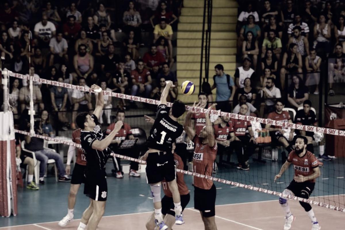 Sesi-SP volta a superar Corinthians e garante vaga nas semifinais da Superliga Masculina