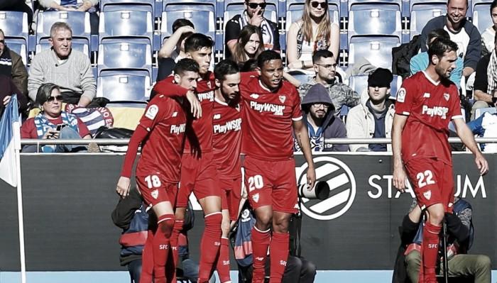 Sevilla encerra jejum e derrota Espanyol fora de casa