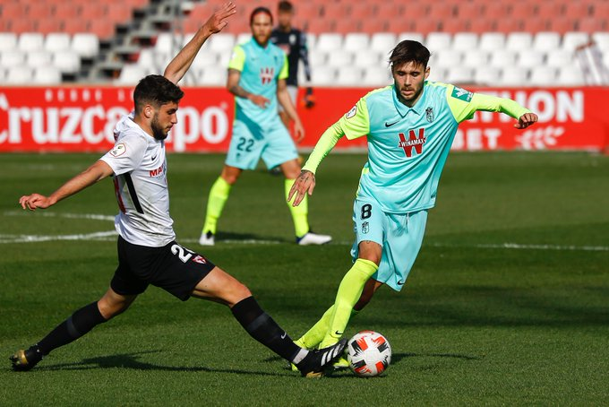 El Sevilla Atlético vence al Recreativo Granada en el duelo de filiales | Foto: Granada CF