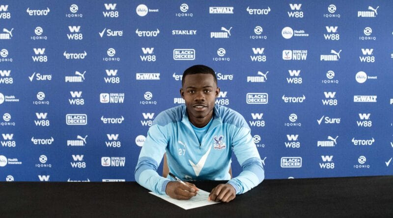 Tyrick Mitchell extends Crystal Palace deal until 2025