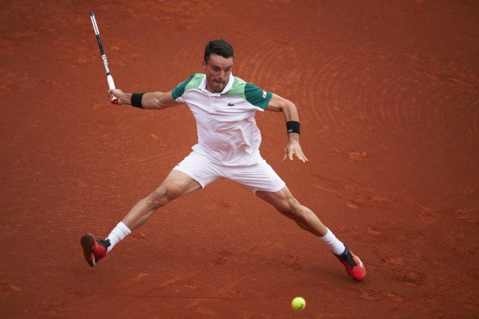 ATP Barcelona Day 2 recap: Bautista Agut, Shapovalov, Goffin ease through; Khachanov upset