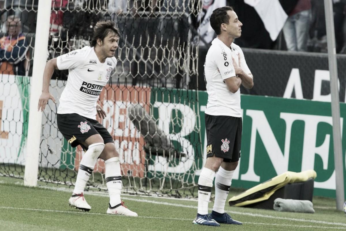 Corinthians é cirúrgico contra Palmeiras apático e vence Derby no  Brasileirão 7bae8a6215656