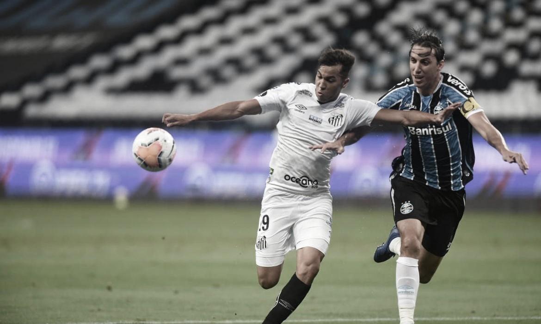 Após empate na ida, Santos e Grêmio decidem vaga na semifinal da Libertadores