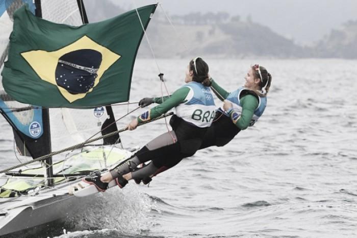 Vela:Martine Grael e Kahena conquistam o ouro para o Brasil na49erFX