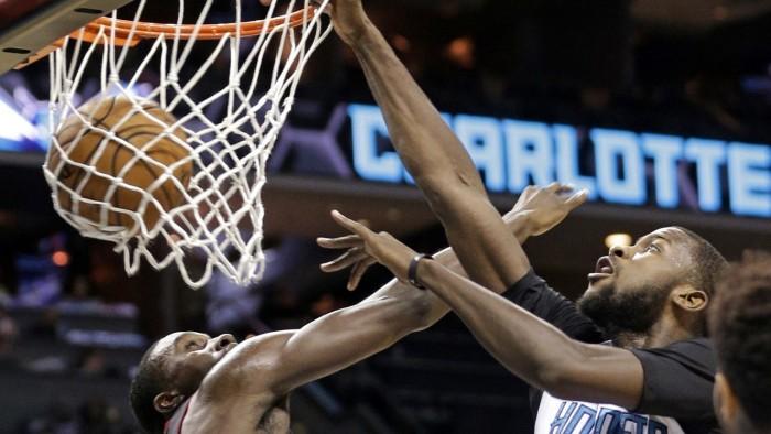 NBA, Charlotte surclassa Miami. Orlando vince in volata