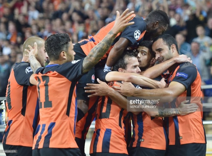 Champions League - Il Napoli parte male, un grande Shakhtar vince 2-1