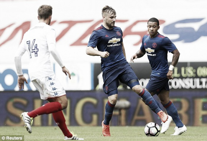 Shaw scrapped holiday for Manchester United, reveals Mourinho