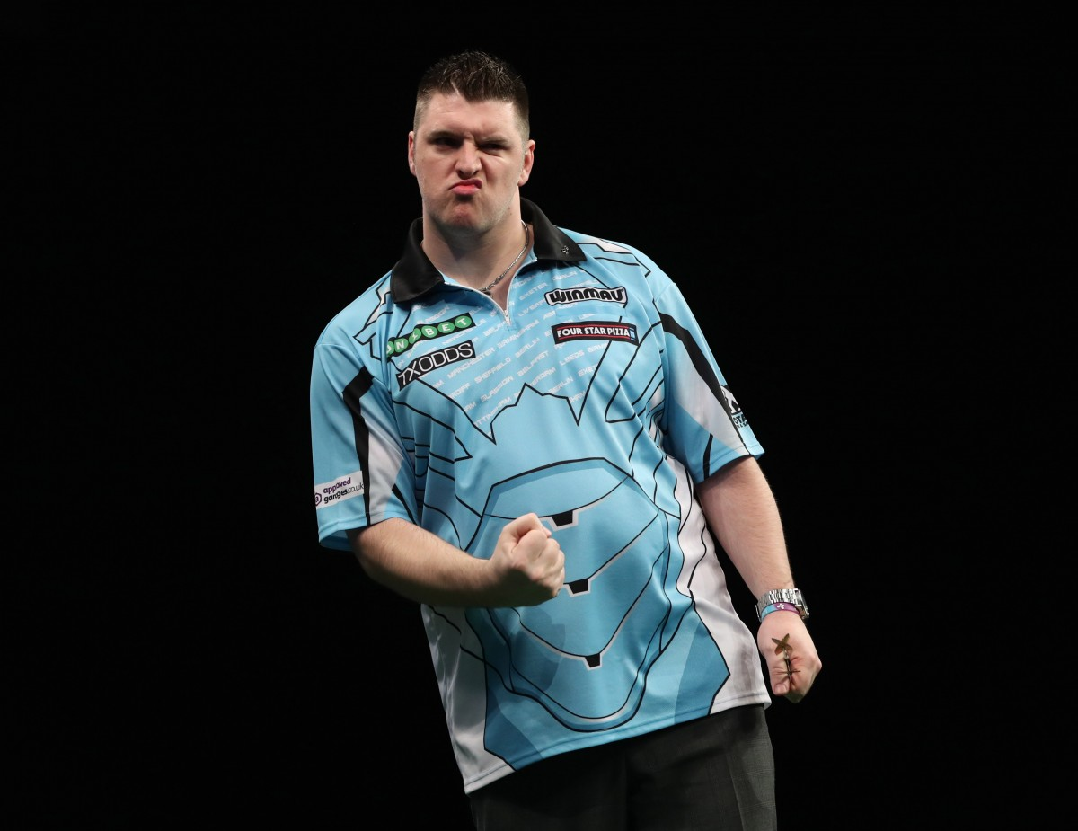 Delight for Daryl Gurney and Peter Wright as they condemn Raymond Van Barneveld to double defeat