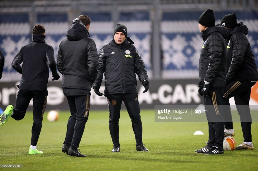 Brendan Rodgers takes training before Leicester's 1-0 defeat to Zorya Luhansk | Photo: Getty/ Plumb Images