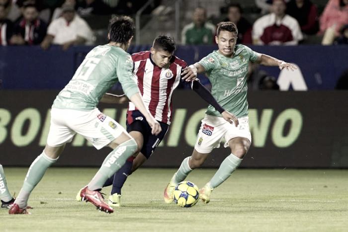 León agranda la mala racha de Chivas en amistoso