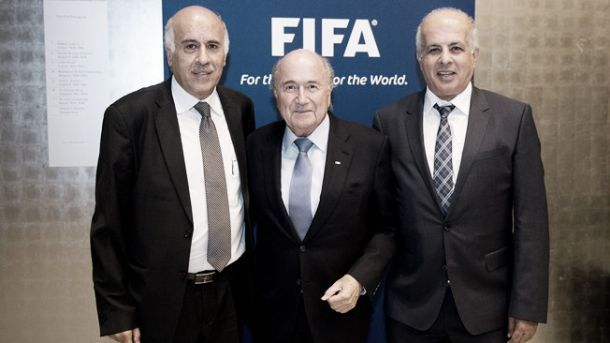 Israel e Palestina: Blatter em Israel para tentar solucionar problemas entre federações