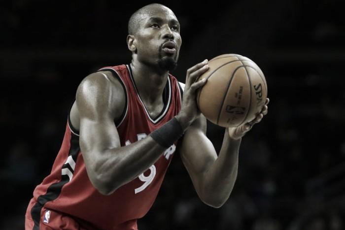 NBA, Serge Ibaka firma con i Raptors. Taj Gibson ritrova Thibodeau