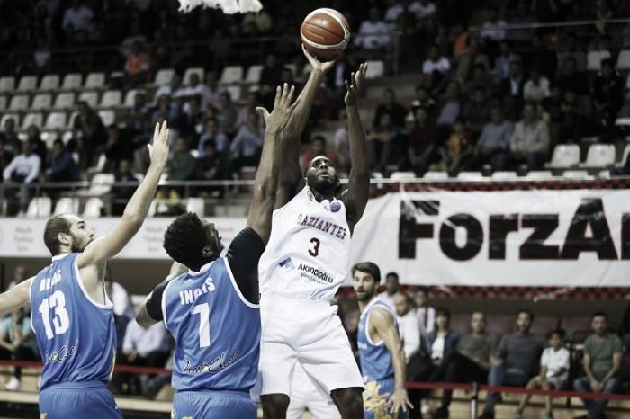 Basketball Champions League - Capo d'Orlando cade a Gaziantep nonostante la rimonta (82-77)