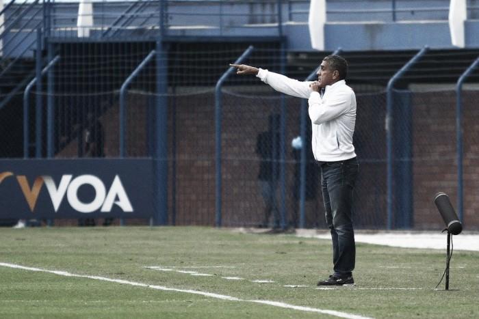 """Silas celebra vitória sobre Ceará na Ressacada: """"Importante mostrar força em casa"""""""