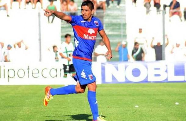 Silvio González, el nuevo dueño del ataque en Santa Fe
