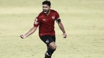 Independiente goleo a Sarmiento y es lider