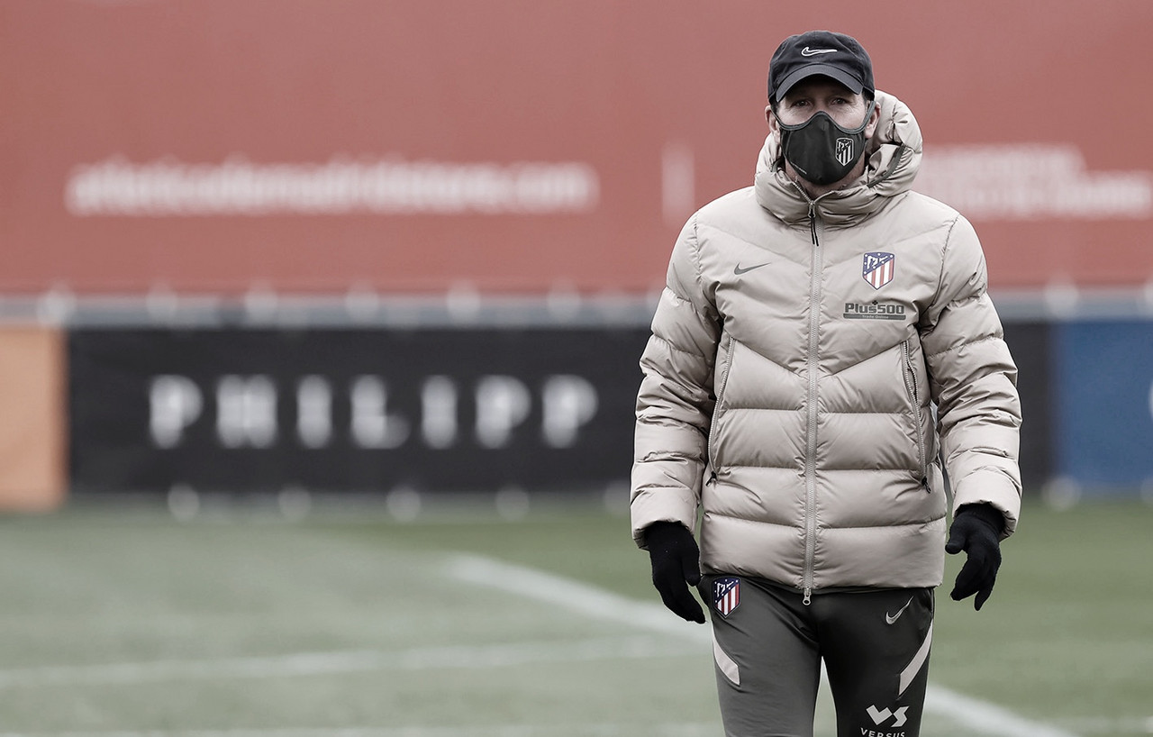 """Simeone: """"El positivo por COVID no altera nada; tenemos que convivir con esta situación"""""""