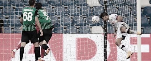 Gio Simeone anotó en el empate del Cagliari