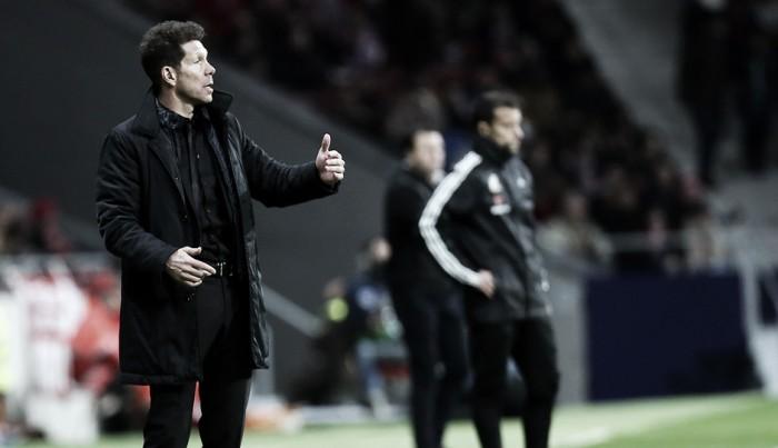 """Simeone: """"Los delanteros en el Atlético no pueden jugar igual que en PSG, Barça o Madrid"""""""