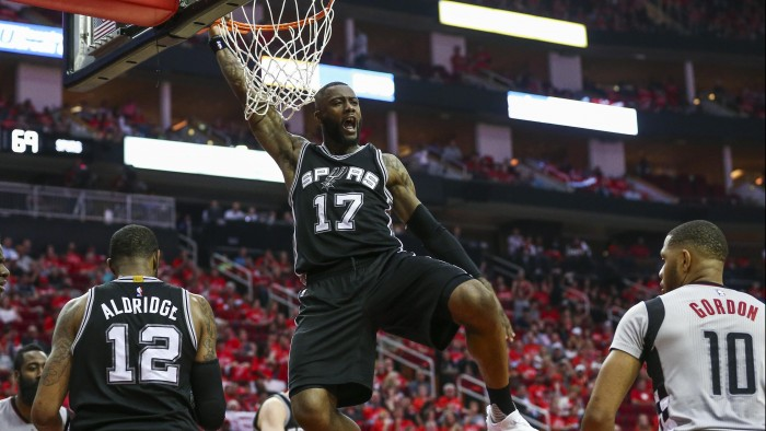 NBA Playoffs 2017 - L'impatto di Simmons e il lavoro di Aldridge nella vittoria di gara-6