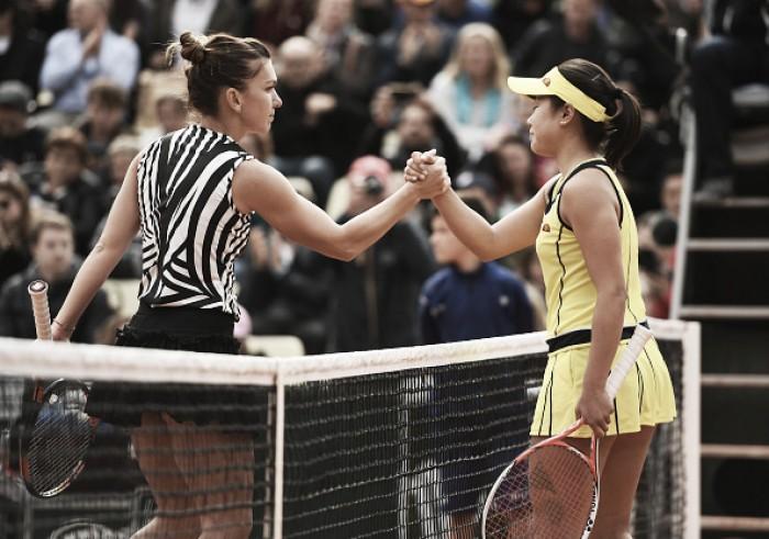 French Open 2016: Simona Halep eases through to Round Two at Roland Garros