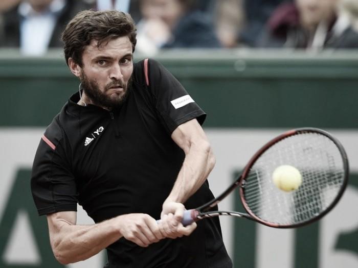 Gilles Simon supera brasileiro Rogério Dutra Silva na estreia em Roland Garros